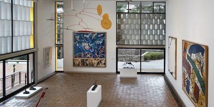 Rendre hommage aux artistes de la Fondation Maeght