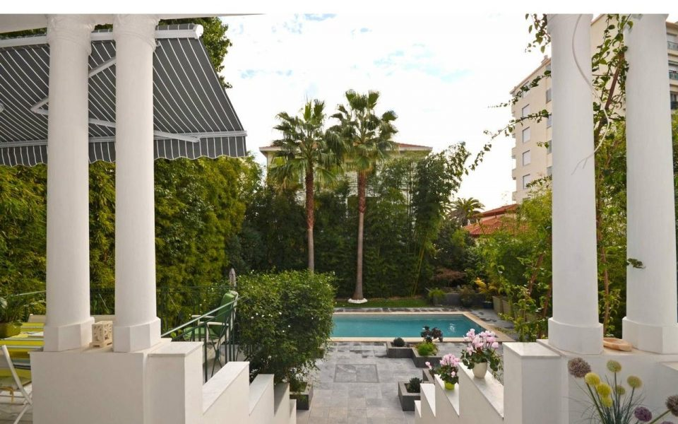 Nice West – Large Art Deco house with swimming pool in the heart of the city