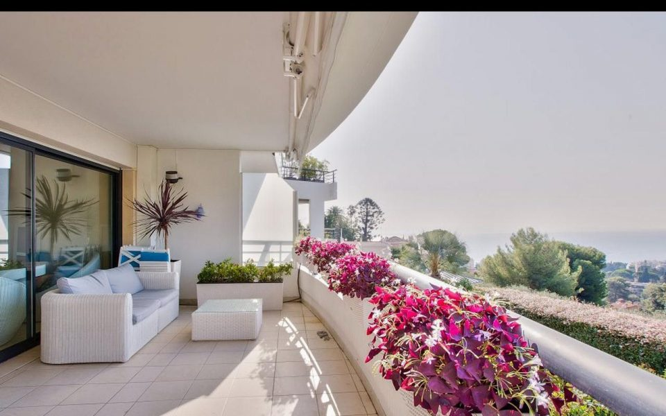 Nice Collines Ouest – 3 room luxury apartment with panoramic sea view