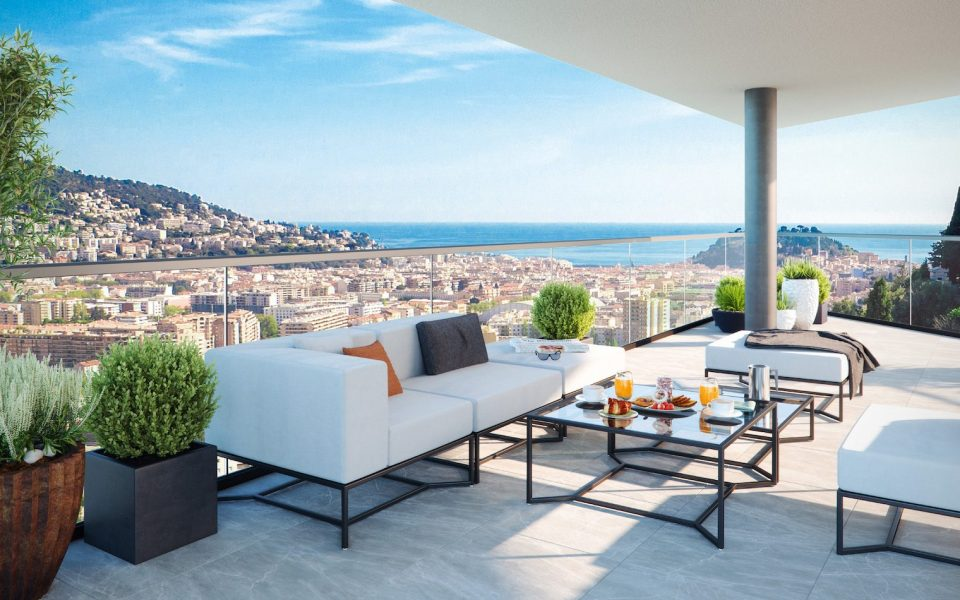 Luxurious new 3 room top floor apartment with panoramic view : photo 2