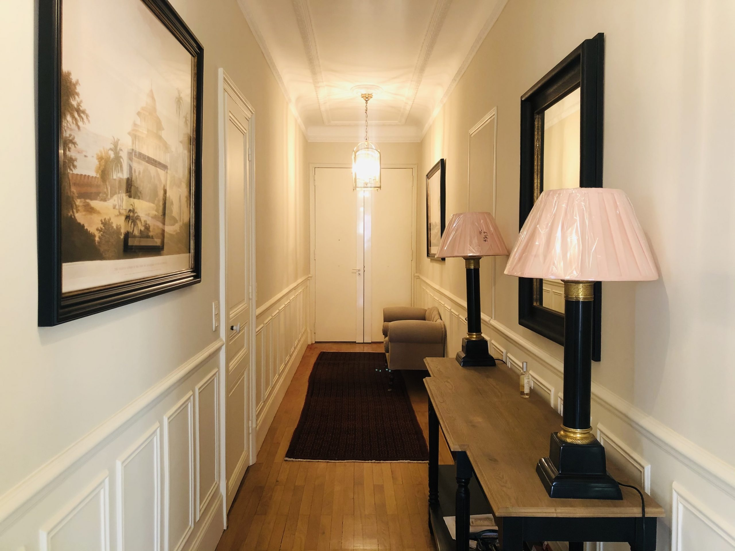 Nice Carré d'Or – Luxurious 3 Bedrooms Apartment 135 sqm in a Belle Epoque Building.