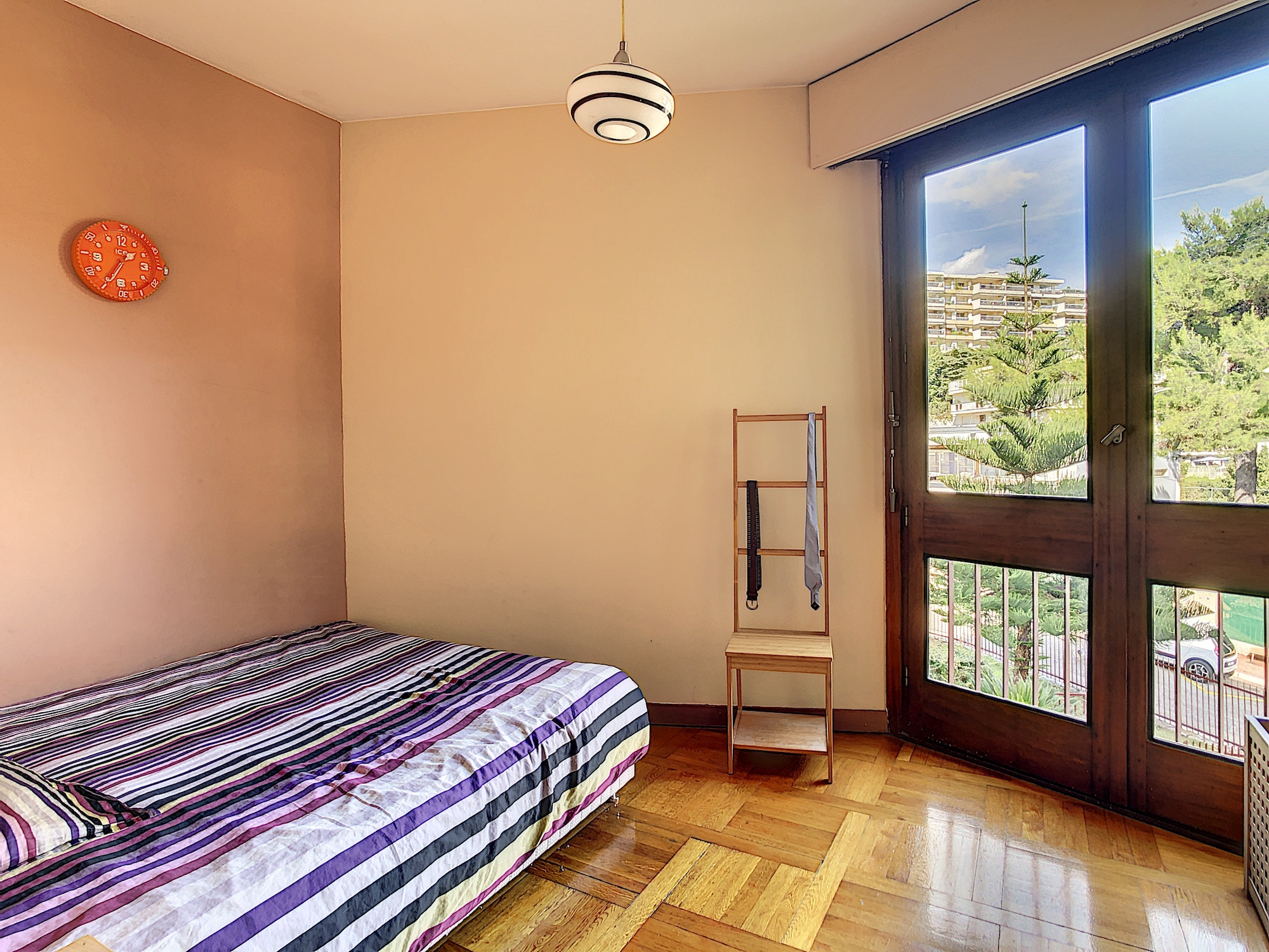 Nice Chambrun – Beautiful 2 Bedrooms Apartment 78 sqm in Residence With Park