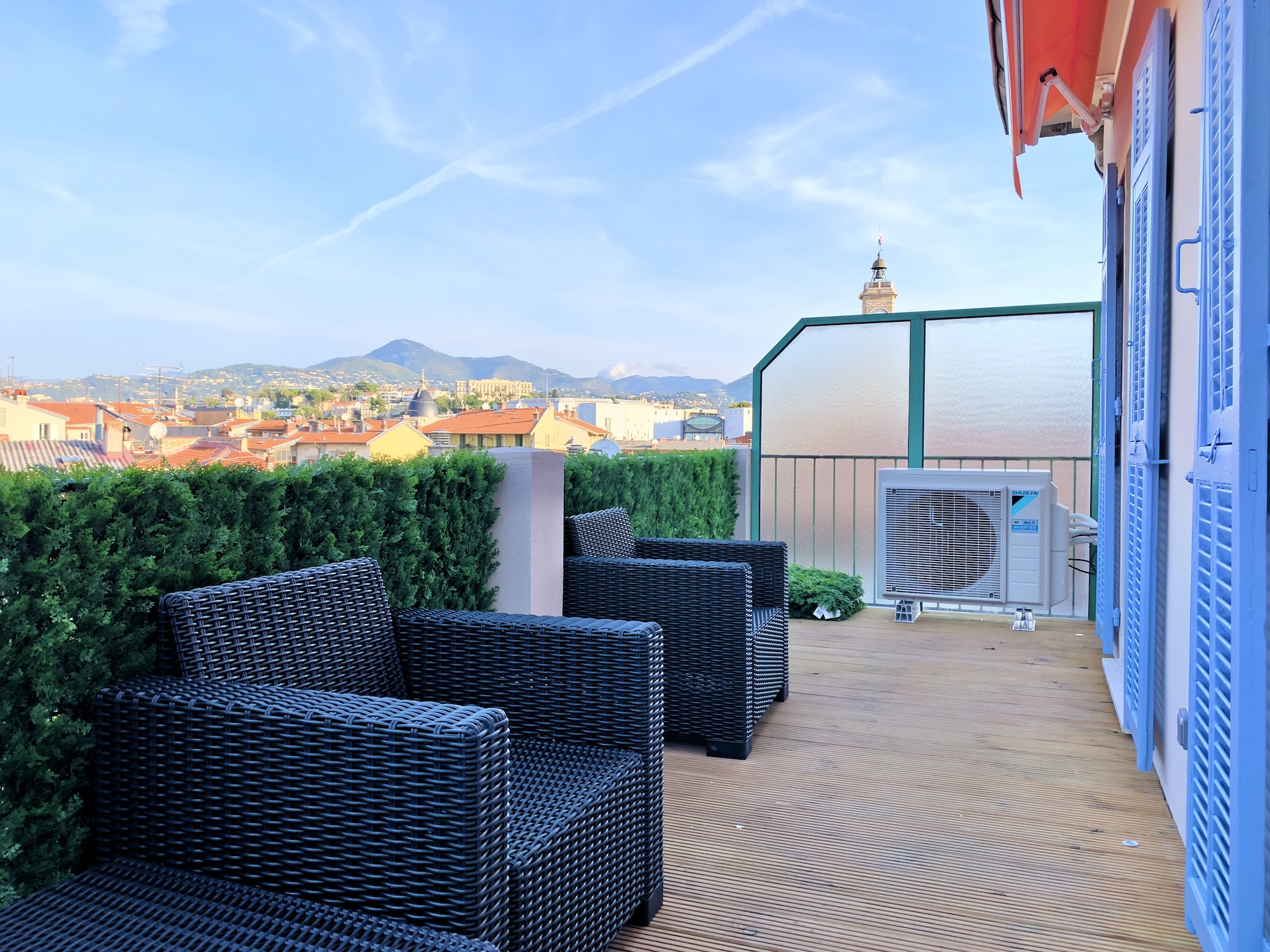 Vieux Nice – In the Very Center Beautiful 2 Bedrooms Apartment With Terrace in a Quiet Area