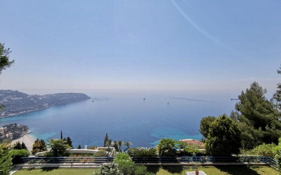 Roquebrune-Cap-Martin Exceptional Sea Views apartment with private garden : photo 3