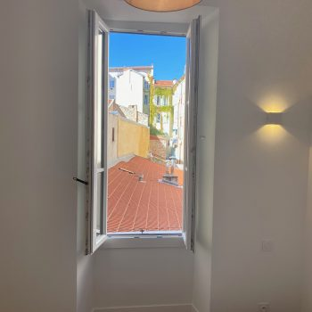 NICE – City Center 3 bedrooms apartment completely renovated