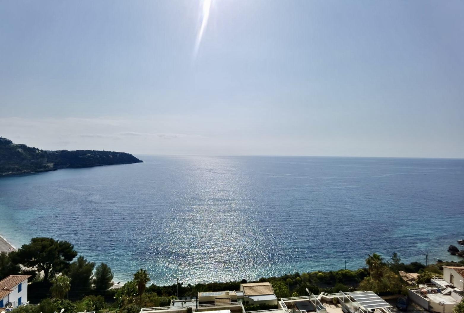 Roquebrune-Cap-Martin 3 Pièces en dernier étage avec vue mer et terrasse (EN)