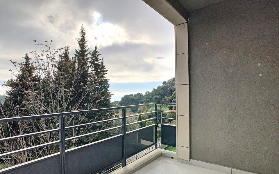 Colline d'Eze – Pleasant Studio with Private Garden and Terrace