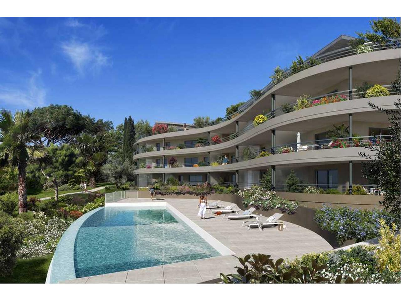 Nice Fabron – 2 Bedrooms Apartment in a Residence with Swimming Pool