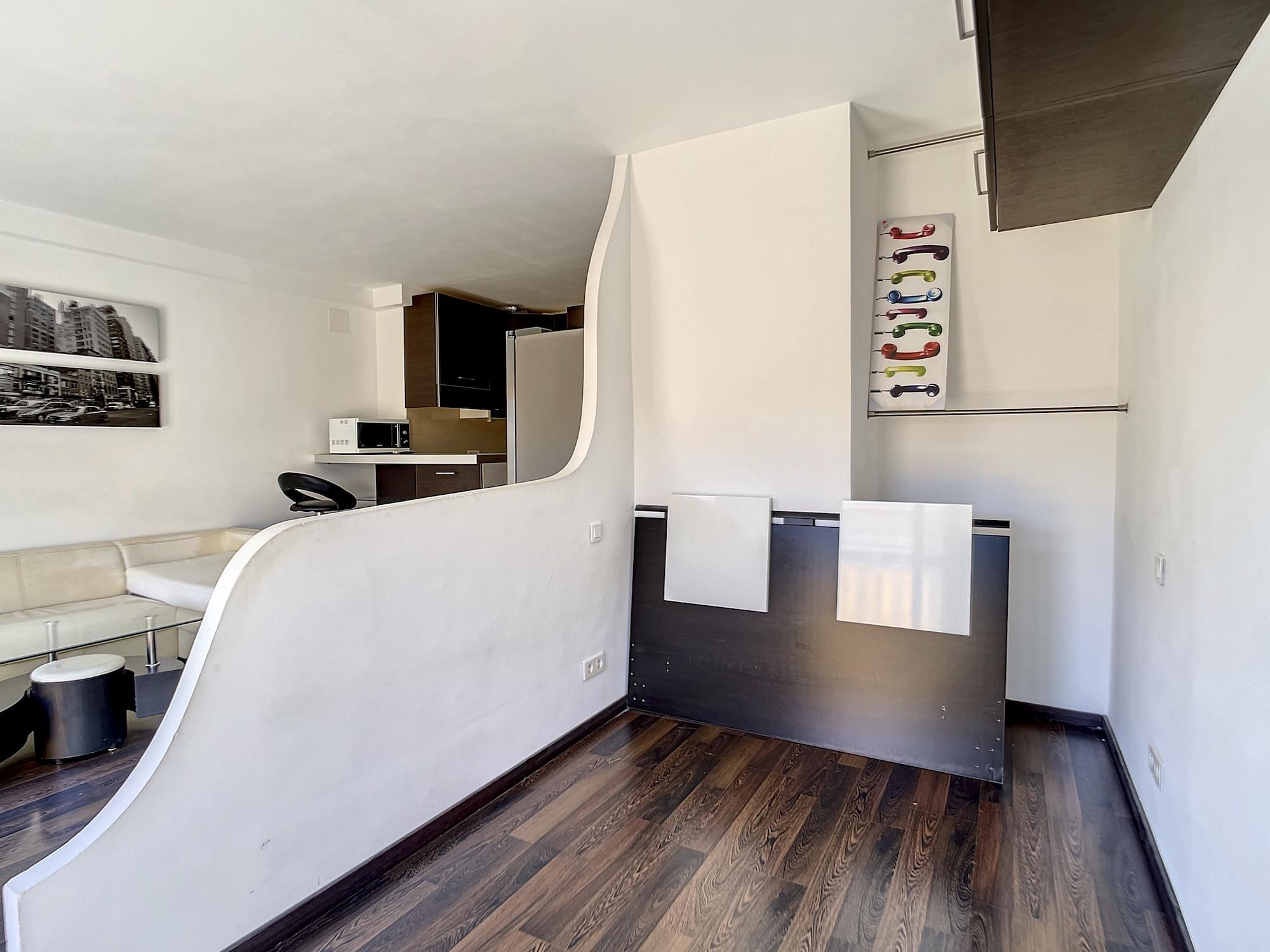 Nice North Saint Sylvestre – Beautiful Studio 28 sqm last floor sold rented