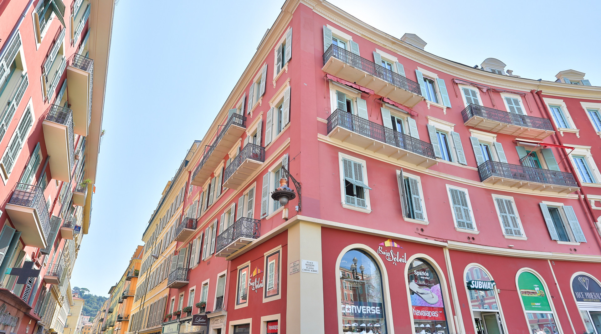 Vieux Nice – Beau 3 pièces de 80㎡ aux abords de la place Masséna.